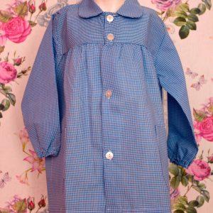 Babi escolar 005 de cuadros azul con nombre bordado